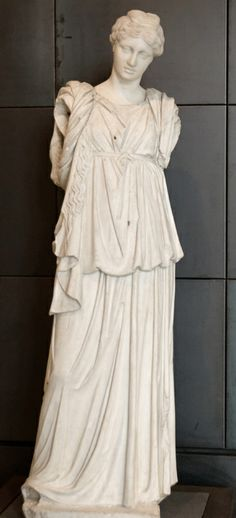 ancient roman dress peplos