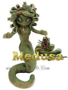 Medusa - Crochet Amigurumi Doll by MissyBaque on DeviantArt Crochet Skull, Crochet Dragon, Cute Crochet, Crochet Crafts, Crochet Dolls, Crochet Projects, Crochet Geek, Crochet Animal Patterns, Crochet Animals