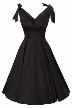 Adorable little black dress<3 I love this!!!! Gorgeous ...