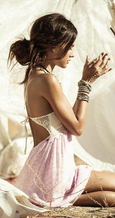 robe-hippie-chic-robe-longue-boheme-le-bohème-chic-comment-s-habiller-aujourd-hui