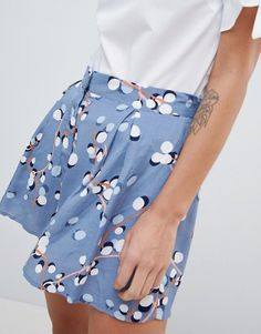S Printed High Waisted Shorts online today at ASOS for fast delivery, multiple payment options and hassle-free returns (Ts&Cs apply). Get the latest trends with ASOS. Waist Skirt, High Waisted Skirt, Asos, Short, Floral, Diy, Inspiration, Fashion, High Waist
