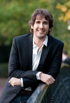 josh groban pics | ... picture by #chrisodonovan from 11/1/10 of Josh Groban. Double Thud