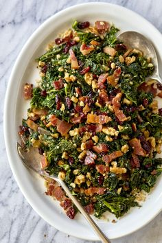 Healthy Sautéed Kale Salad with Bacon, Walnuts and Cranberries - #kale #salad #eatwell101 #recipe - Not only is this kale salad recipe colorful, but it's flavorful too! - #recipe by #eatwell101