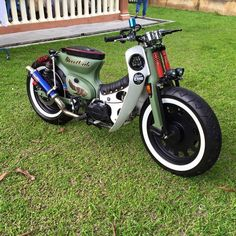 Check this website resource. Simply click the link to read more about atv price. Check the webpage to get more information. Honda Cub, Bobber Custom, Custom Motorcycles, Custom Bikes, Honda Motorcycles, Scooters, Moto Bike, Motorcycle Bike, Motos Vintage