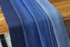MADALO - Luna Negro in herringbone + diamond twill (combi) - itsmadalo - handwoven wrap - baby wearing - babywearing - wrap - baby wrap