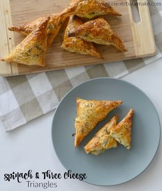 Spinach and Three Cheese Triangles - a great simple snack or meal which can be made in advance and stored in the freezer. Both regular and Thermomix instructions included. Party Food Items, Super Bowl, Cheese Triangles, Bellini Recipe, Savory Pastry, Filo Pastry, Savoury Baking, Spinach And Cheese, Spinach Rolls