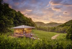 The Meadow House | Candlewood Cabins