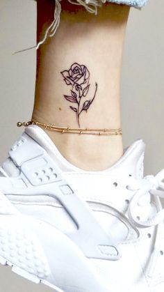 Small Rib Tattoos, Tattoo Ideas, Tattoo Designs, Get A Tattoo, Body Mods, Meaningful Tattoos, Flower Tattoos, Tattos, Henna