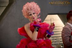 Elizabeth Banks as Effie Trinket in The Hunger Games: CatchingFire. (Photo credit: Murray Close)