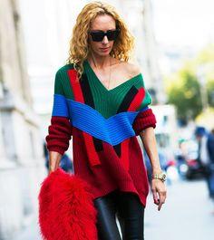 Asymmetrical neckline knit + coated pants. // #StreetStyle #PFW