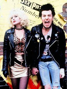 Gary Oldman & Chloe Webb - Sid and Nancy Halloween Dress, Halloween Costumes, Halloween 2017, Sid And Nancy, 80s Trends, Bae, Movie Blog, Punk Rock Fashion, Costume