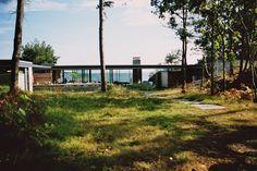 http://www.lundhagem.no/projects/all/cabin-stormorken