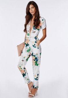 d0ca3bd9e763 Wheretoget - White jumpsuit with floral print