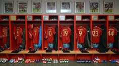 Shirts and player photos adorn the #Bayern dressing room