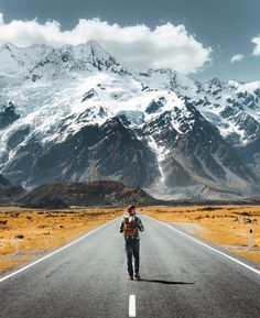 New Zealand is a great destination if you're interested in taking your first solo female travel adventure. This article has great tips and hacks plus great travel photography! photography 15 Best Destinations for Solo Female Travelers - Joanna Rahier Adventure Photography, Travel Photography, Amazing Destinations, Travel Destinations, Foto Online, Places To Travel, Places To Visit, Voyager Seul, Destination Voyage