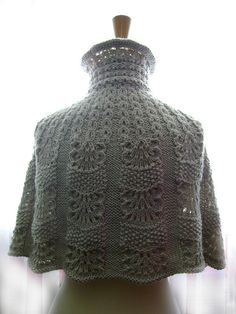 Knitted capelet / cape / poncho in a shade of light linen 2 | Flickr - Photo Sharing!