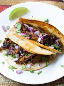 Easy Slow Cooker Carnitas Recipe #carnitas #tacos #mexican #slowcooker #crockpot
