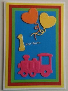 Van harte kaart voor eerste verjaardag in frisse kleuren met hartenballon en treintje.