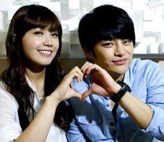 Eunji And Key Kiss