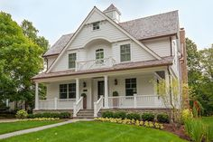 We specialize in custom, spec and renovations in and around Chicago. Find locations of our Chicago Suburb homes in the western suburbs.
