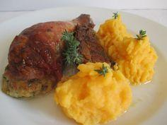 Vasárnap 2: Töltött csirkecomb krumplipürével Mashed Potatoes, Ethnic Recipes, Food, Whipped Potatoes, Smash Potatoes, Essen, Meals, Yemek, Eten
