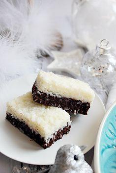 Illéskrisz Konyhája: ~ KÓKUSZOS SPORTSZELET ~ Cake Cookies, Cupcakes, Tart, Sweet Treats, Cheesecake, Dessert Recipes, Food And Drink, Sweets, Bundt Cakes