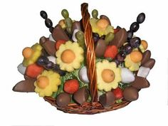 Alyha arreglos frutales, un regalo de buen gusto.