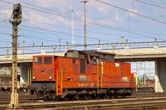 Die Am 18525 im Rbf Limmattal. Holland, Swiss Railways, Diesel Locomotive, Train Travel, Locs, Switzerland, Amsterdam, Display Stands, Europe