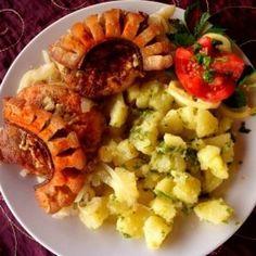 Sertéshúsos ételek a Mindmegette recepttárban Cobb Salad, Potato Salad, Potatoes, Lunch, Chicken, Ethnic Recipes, Food, Potato, Eat Lunch