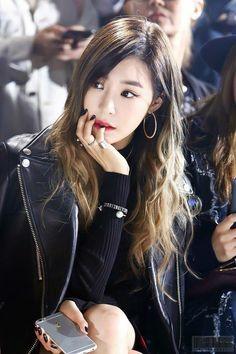 tiffany, snsd, and girls generation Girls Generation, Girls' Generation Tiffany, Sooyoung, Yoona, Tiffany Hwang, Snsd Tiffany, Kpop Girl Groups, Kpop Girls, K Pop