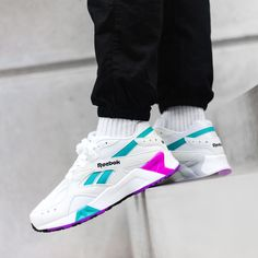 59c9b166758 39 Best 90 s Sneakers images in 2019
