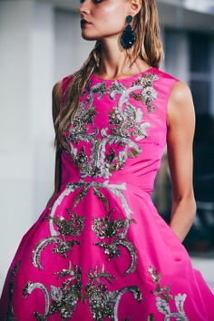 women's fashion and style. boho embroidered and beaded dress. Fashion Details, Look Fashion, Runway Fashion, High Fashion, Fashion Beauty, Haute Couture Style, Dior Couture, Looks Street Style, Mode Outfits