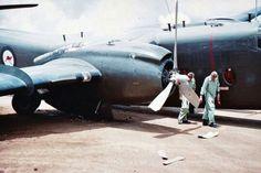 RAAF Caribou aircraft undercarriage failure