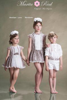 Cute Little Girl Dresses, Cute Little Girls, Cute Kids, Flower Girl Dresses, Preteen Girls Fashion, Girl Fashion, Fashion Dresses, Kids Fashion Photography, Baby Kids Clothes