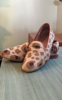 0894a5643e79 Items similar to Stubbs And Wootton Slipper Loafers Slippers Leopard Cat  Print Embroidered 8 1 2 on Etsy