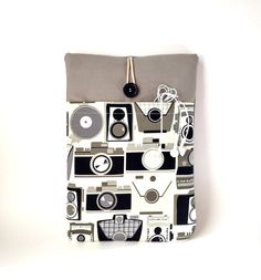 Camera Macbook Pro 13 Case Pocket Photographer by MadeByJulie