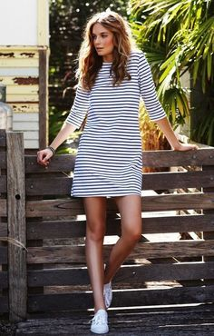 striped dress with sneakers… Not crazy about thin dizzy stripes but drawn to the dress type/shape with those shoes. striped dress with sneakers… Not crazy about thin dizzy stripes but… Look Fashion, Spring Fashion, Fashion Women, Fashion Clothes, Teen Fashion, Fashion Trends, Stylish Outfits, Fall Outfits, Stylish Dresses
