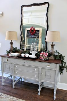 Home for the Holidays - holiday entertaining ideas Tips for easy entertaining, budget friendly decor and a stress free get toghether Home for the Holidays #BHGNetwork #spon - @refreshrestyle1