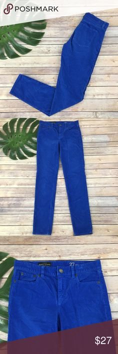 J.crew toothpick blue corduroy skinny pants J.Crew midrise toothpick skinny blue corduroy pants, size 27. They are free from any rips or stains. They measure about 30 inches around the waist, the inseam is about 30 inches and the rise is about 9 inches. J. Crew Pants Skinny
