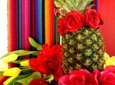 6 forelements pomysly na wielkanocne dekoracje swiateczny stol easter deoration ideas holiday table interior design bold saturated colors projektowanie kolorowy wystroj wnetrz boho etno