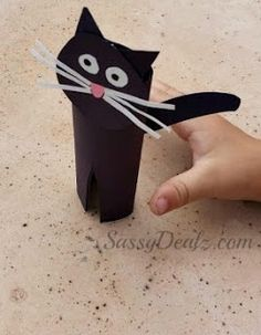 DIY: Easy Black Cat Toilet Paper Roll Craft For Kids #halloween craft for kids | CraftyMorning.com
