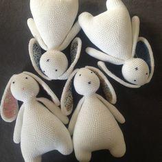 Mesmerizing Crochet an Amigurumi Rabbit Ideas. Lovely Crochet an Amigurumi Rabbit Ideas. Crochet Diy, Crochet Amigurumi Free Patterns, Easter Crochet, Crochet Bunny, Crochet Animals, Crochet Crafts, Crochet Dolls, Crochet Projects, Ravelry Crochet