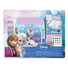 Disney Frozen rol tekentafel. Inhoud: tekentafel, rol met activiteiten, 4 dunne stiften, 2 vellen met stickers, 4 waskrijtjes en edelstenen stickers. Afmeting:17 x 18 x 5 cm. - Disney Frozen Deluxe Roll and Go Tekentafel