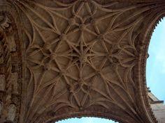 Cathédrale Ste Cécile - Voûte du Porche