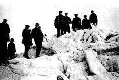 Oostvoorne - Strenge winter 1930 - Kruiend ijs aan de boulevardboulevard