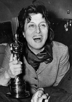 """1956 Oscars: Anna Magnani, Best Actress 1955 for """"The Rose Tattoo"""""""