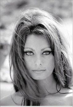 """La Loren - certainly deserves a 2nd pic. There's something simply """"devastatingly beautiful"""" about her face."""