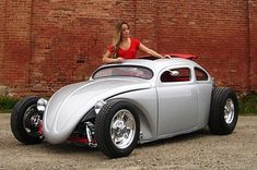 Chopped and Channeled VW hot rod! Vw Bus, Vw Rat Rod, Rat Rods, Combi Wv, Vw Beach, Kdf Wagen, Hot Vw, Cabriolet, Custom Motorcycles