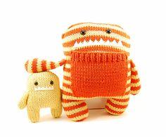 Doudou au tricot à rayures