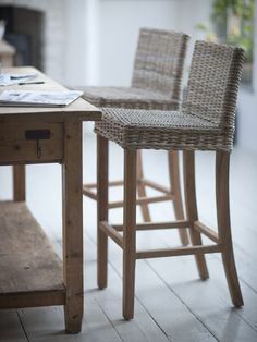 A stylish and long lasting tall teak bar stool with rattan seat. This Bembridge Bar Stool has a chunky teak frame that is made with mortise and tenon joints, that are wedged together to lock in place. They are a great addition to your kitchen or dining ro Wicker Counter Stools, Rattan Bar Stools, Cool Bar Stools, Table Stools, Bistro Chairs, Bar Chairs, Dining Chairs, Dining Room, Kitchen Dining